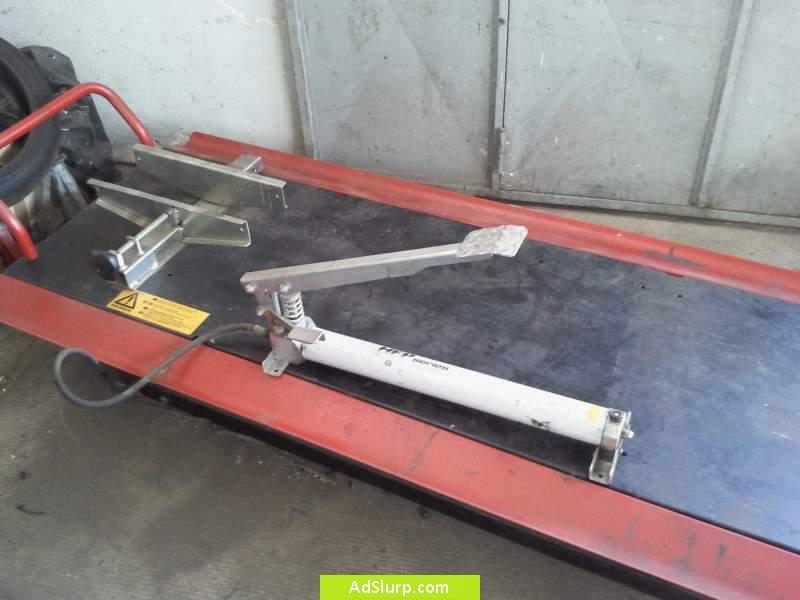 Sollevatore per moto usato contenitore industriale for Ponti sollevatori per auto usati